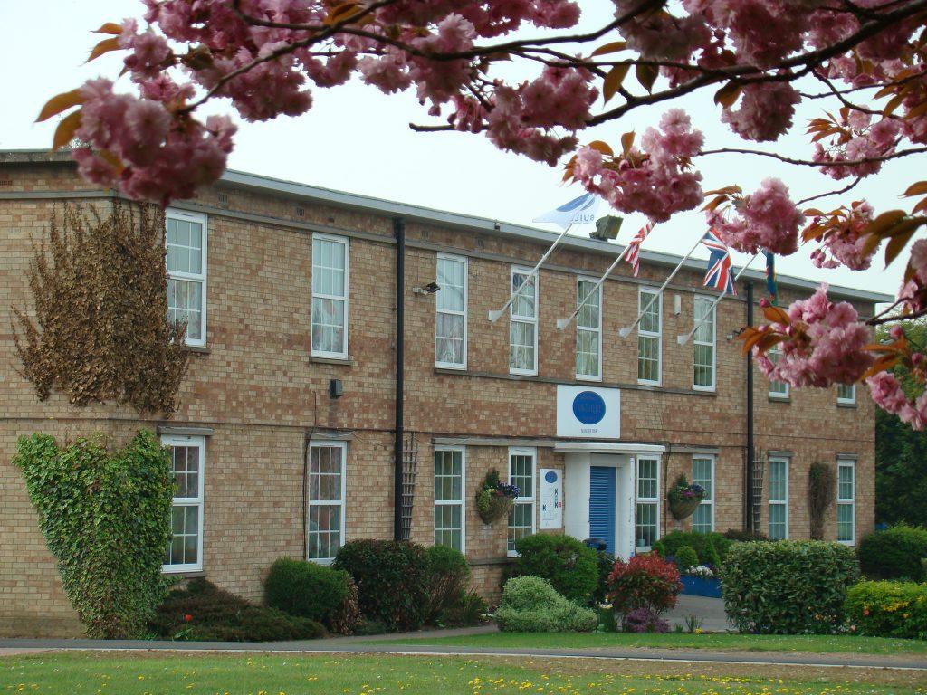 Hemswel lAntiques Centre