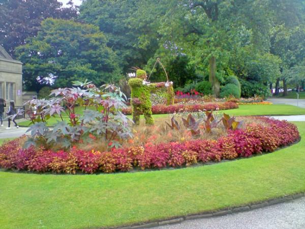 Robin Hood topiary in Nottingham Castle