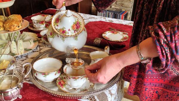 Serving afternoon tea