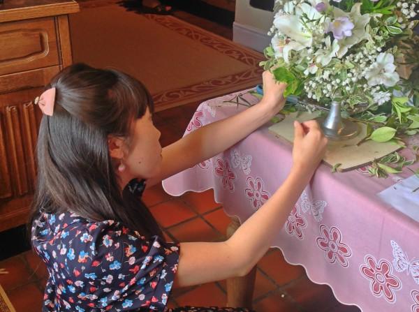 Make a wedding display