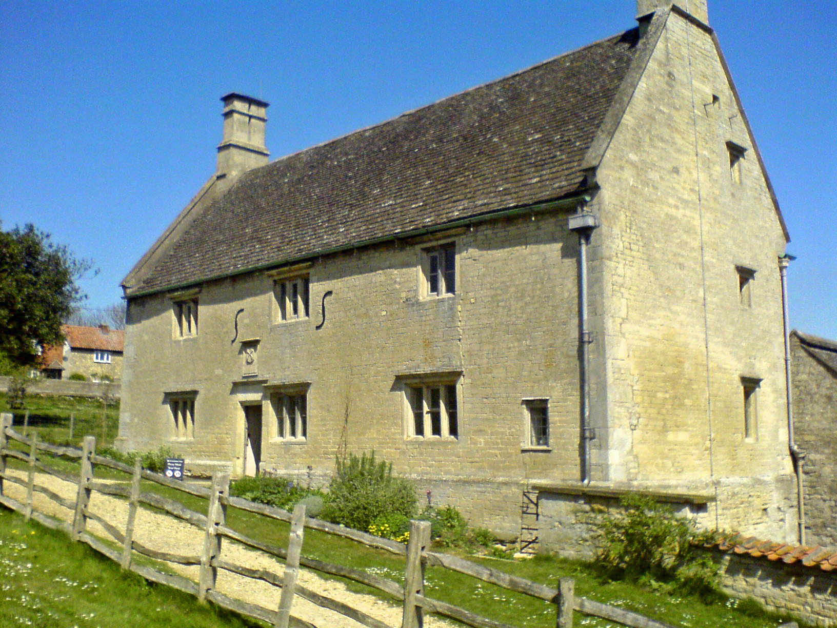 Sir Isaac Newton's Birthplace